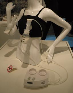 Elektrisk brystpumpe med håndfri anvendelse
